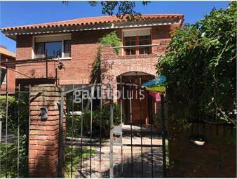 https://www.gallito.com.uy/venta-casa-en-jardines-de-carrasco-de-4-dormitorios-inmuebles-16293425