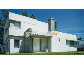 https://www.gallito.com.uy/venta-casa-barrio-privado-carrasco-norte-inmuebles-15470888