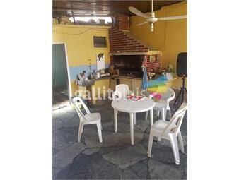 https://www.gallito.com.uy/gran-casa-de-3-dormitorios-y-50m2-de-patio-inmuebles-15583923