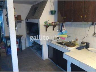https://www.gallito.com.uy/casa-grande-en-playa-grande-completa-a-cuadras-de-playa-inmuebles-15709065