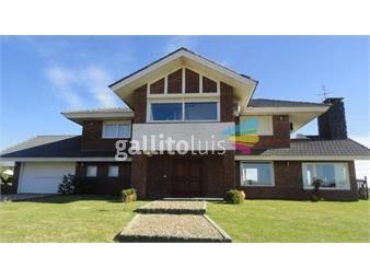 https://www.gallito.com.uy/estupenda-residencia-con-renta-inmuebles-15775346