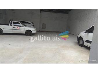 https://www.gallito.com.uy/excelente-garage-con-20m-de-frente-sobre-san-martin-800m-inmuebles-15857503