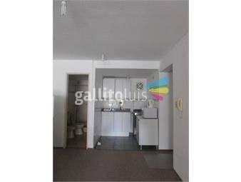 https://www.gallito.com.uy/monoambiente-en-pocitos-inmuebles-15895011