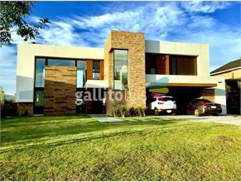 https://www.gallito.com.uy/increible-casa-estilo-minimalista-en-altos-de-la-tahona-inmuebles-15926182