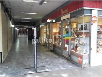 https://www.gallito.com.uy/lindo-local-en-la-galeria-del-trocadero-inmuebles-15497822