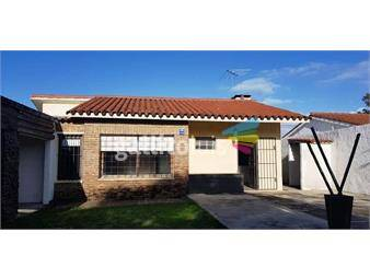 https://www.gallito.com.uy/lindo-chalet-de-tejas-estilo-rustico-inmuebles-16081750