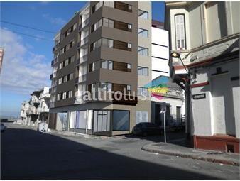 https://www.gallito.com.uy/venta-de-excelente-inmueble-desarrollo-edilicio-de-categoria-inmuebles-16099655