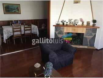https://www.gallito.com.uy/linda-y-comoda-casa-bien-ubicada-y-con-garaje-inmuebles-16100253