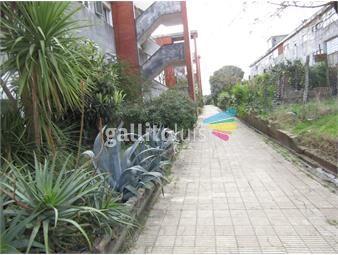 https://www.gallito.com.uy/apartamento-de-3-dormitorios-en-planta-baja-inmuebles-16193956