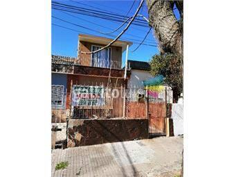 https://www.gallito.com.uy/casa-de-2-plantas-con-jardin-ypatio-inmuebles-16205049