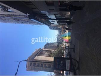 https://www.gallito.com.uy/buen-local-comercial-de-tres-pisos-sobre-av-del-libertador-inmuebles-16264652