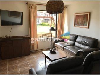 https://www.gallito.com.uy/duplex-de-3-dormitorios-jardin-y-fondo-con-parrillero-inmuebles-16297328