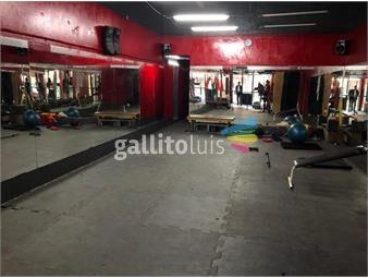 https://www.gallito.com.uy/dos-locales-comerciales-sobre-calle-soriano-inmuebles-16380837