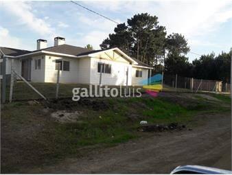 https://www.gallito.com.uy/casa-esquina-inmuebles-16404923