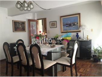 https://www.gallito.com.uy/obelisco-con-patio-de-2-garajes-3-dormitorios-y-3-baños-inmuebles-16495019