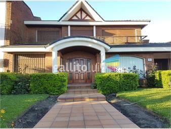 https://www.gallito.com.uy/estupenda-casa-de-3-dormitorios-en-suite-rambla-de-carrasco-inmuebles-16499382