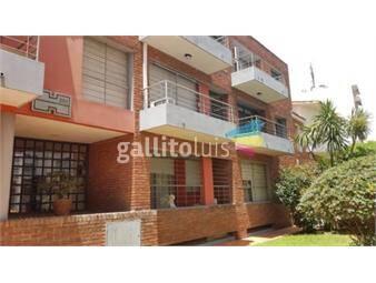 https://www.gallito.com.uy/apto-en-excelente-ubicacion-2do-por-escalera-con-garaje-inmuebles-19675064