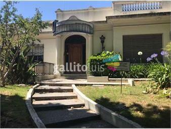 https://www.gallito.com.uy/excelente-casa-ex-clinica-smi-prado-clinica-residencial-vip-inmuebles-16648770