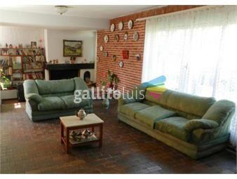 https://www.gallito.com.uy/venta-casa-la-blanqueada-4-dormitorios-patio-jardin-barbacoa-inmuebles-16653475