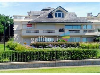 https://www.gallito.com.uy/apartamento-en-la-rambla-de-carrasco-con-excelente-vista-inmuebles-17816376