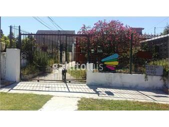https://www.gallito.com.uy/3-casas-con-grage-y-patio-ideal-renta-inmuebles-13585966