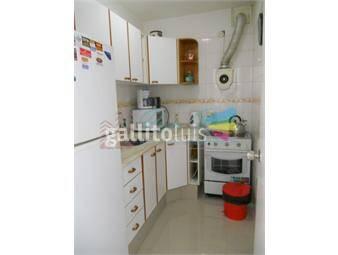 https://www.gallito.com.uy/apartamento-en-brava-1-dormitorios-inmuebles-16074471