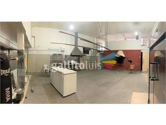 https://www.gallito.com.uy/gran-local-comercial-con-vivienda-u-oficinas-inmuebles-16410038