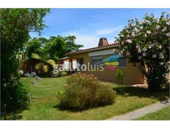 https://www.gallito.com.uy/dueño-vende-casa-solymar-2-cuad-de-playa-3-dorm-2-bañ-garage-inmuebles-17240036