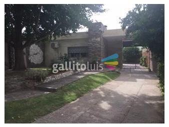 https://www.gallito.com.uy/excelente-construccion-con-detalles-en-marmol-y-piedra-inmuebles-16750393