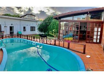 https://www.gallito.com.uy/a-pasos-del-club-malvin-700m-de-terreno-piscina-y-barbacoa-inmuebles-16934904