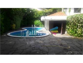 https://www.gallito.com.uy/excelente-chalete-en-berro-y-19-de-abril-553-mts-de-area-inmuebles-16998916