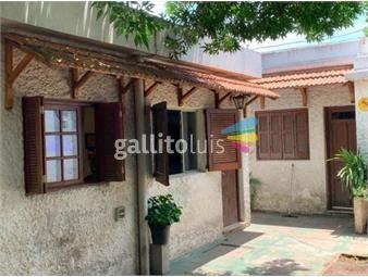 https://www.gallito.com.uy/oportunidad-dos-casas-en-un-mismo-padron-con-cocheras-inmuebles-17082615