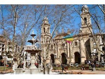 https://www.gallito.com.uy/excelente-ubicacion-a-pasos-de-plaza-matriz-inmuebles-13446892