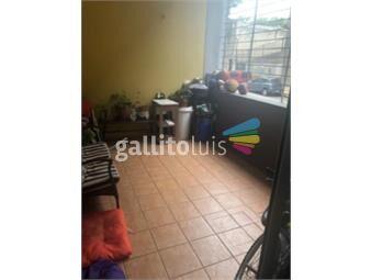 https://www.gallito.com.uy/amplio-apartamento-con-piscina-inmuebles-17094877