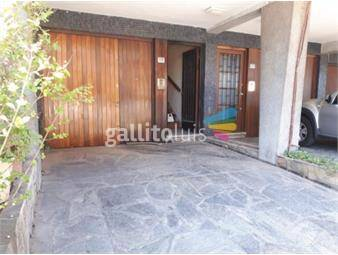 https://www.gallito.com.uy/venta-de-casa-3-niveles-garaje-cochera-inmuebles-19225898
