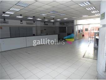 https://www.gallito.com.uy/local-ideal-para-bancos-o-grandes-empresas-inmuebles-17189545