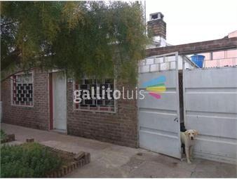https://www.gallito.com.uy/hermosa-casa-a-3-cuadras-de-av-8-de-octubre-inmuebles-17193653