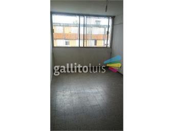 https://www.gallito.com.uy/apartamento-con-renta-3-dorm-1-baño-soleado-malvin-inmuebles-13937882