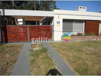 https://www.gallito.com.uy/casa-a-estrenar-1-cuadra-de-mar-2-dorm-uss-170000-inmuebles-17345022