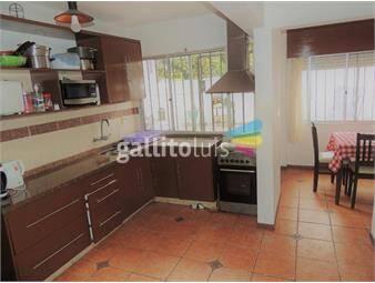 https://www.gallito.com.uy/venta-apartamento-en-pocitos-con-patio-y-cochera-inmuebles-17385284