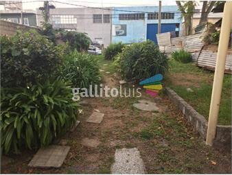 https://www.gallito.com.uy/terreno-con-mejoras-213-m2-8-de-frente-fos-60-inmuebles-17409386