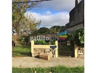 https://www.gallito.com.uy/terreno-con-mejoras-213-m2-8-de-frente-60-inmuebles-17409388