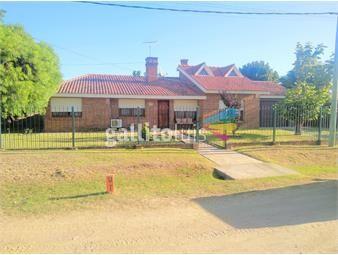 https://www.gallito.com.uy/excelente-propiedad-en-villa-argentina-sur-cercana-al-aguila-inmuebles-17453489