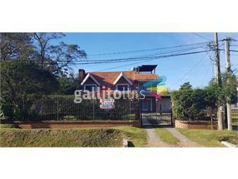 https://www.gallito.com.uy/vende-casa-4-dormitorios-3-baños-garaje-piscina-barbacoa-inmuebles-17510396