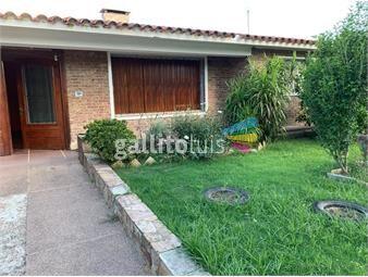 https://www.gallito.com.uy/venta-casa-colon-3-dormitorios-garaje-inmuebles-17572608