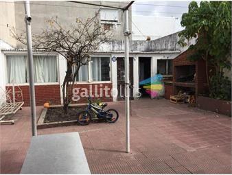 https://www.gallito.com.uy/casa-para-reciclar-con-gje-y-fondo-inmuebles-19399408