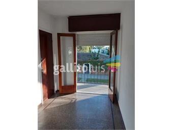 https://www.gallito.com.uy/apto-de-1-dormitorio-al-frente-balcon-sin-gc-prado-inmuebles-17685044