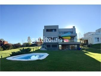 https://www.gallito.com.uy/casa-a-la-venta-en-barrio-privado-lomas-de-la-tahona-inmuebles-17685624