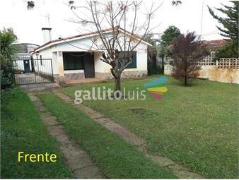 https://www.gallito.com.uy/casa-con-piscina-barbacoa-5-dormitorios-a-3-de-la-playa-inmuebles-17705236