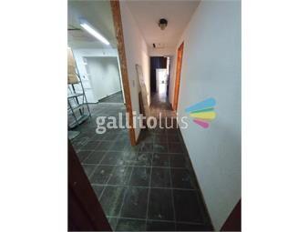 https://www.gallito.com.uy/local-comercial-esquina-miguelete-y-bv-artigas-161-mt-1plant-inmuebles-17720026